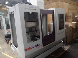 Milling machine Bridgeport VMC 600 / 22-1