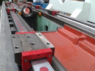 Correa A 30 / 40 rebuilt Bed milling machine-4