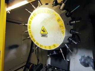 Milling machine Fanuc Robodrill α-T21iFL-3