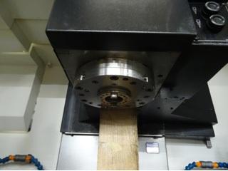 Milling machine Mazak VC Nexus 410 A, Y.  2005-1