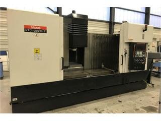 Milling machine Mazak VTC 200 C II-3