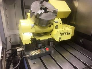 Milling machine Mazak VTC 300 C II  4.ax Nikken, Y.  2003-7