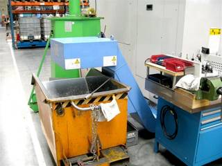 Milling machine Mazak VTC 30 C, Y.  1999-3
