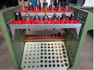 Milling machine YCM Supermax V 168 A, Y.  1998-9