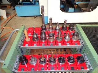 Milling machine YCM Supermax V 168 A, Y.  1998-10