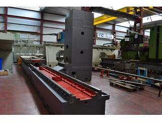 Correa CF 40/50 generalüb./refurbished Bed milling machine-4
