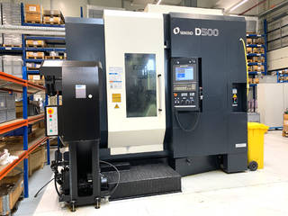 Milling machine Makino D500, Y.  2016-0