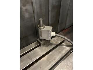 Milling machine Mazak VTC 200 B, Y.  2000-8