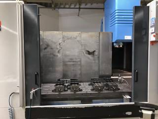 Milling machine Mazak VTC 300 C-2
