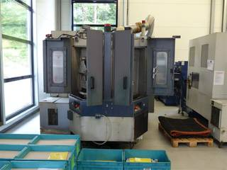 Milling machine Mori Seiki SH 403, Y.  2001-2