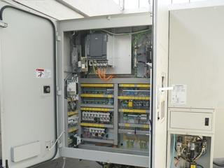 Milling machine Quaser MV 184 C-5