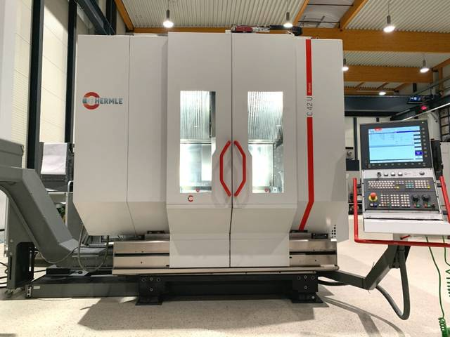 more images Milling machine Hermle C 42 U dynamic, Y.  2015