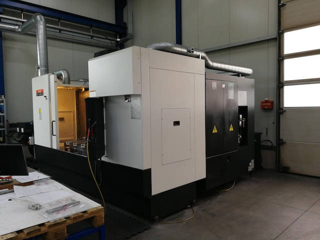 more images Milling machine Mazak VTC 300 C, Y.  2013