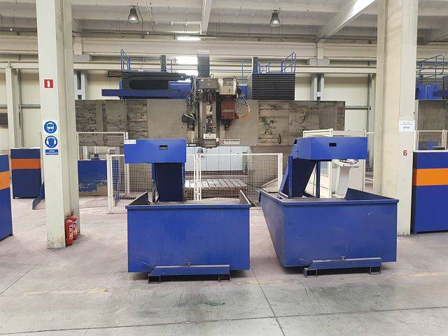 more images TOS KURIM FRP 250 FSE 4.300 x 2.250 x 1.250 Portal milling machines