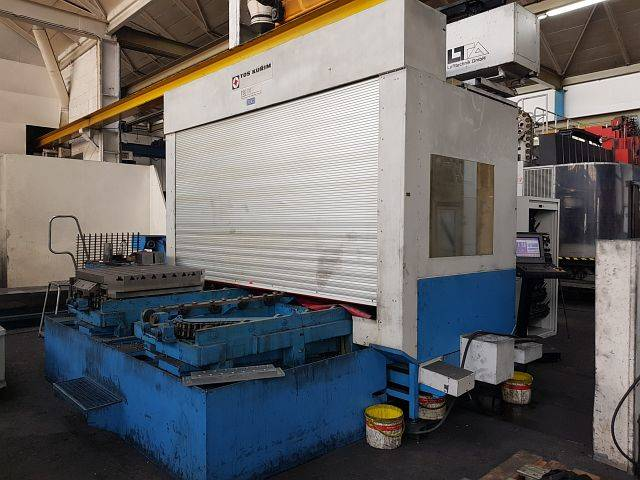 more images Milling machine TOS KURIM FSQ 100, Y.  2001