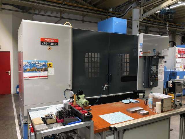 more images Milling machine Mazak VTC 300 C